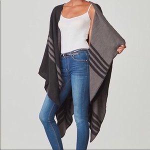 NWT BB Dakota Reversible Wool Wrap in Grays